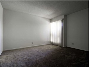 Rooms for Rent between $ 300 to $ 500 in Inglewood, CA