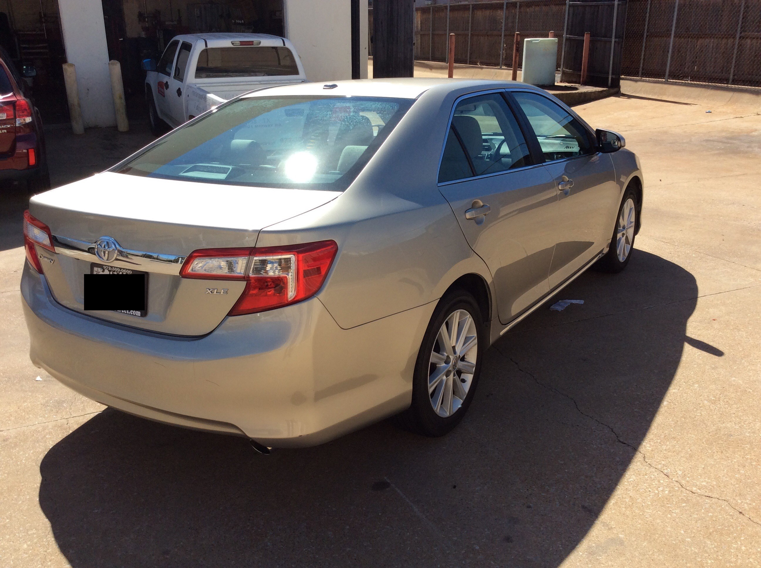 toyota sales camry auto gtr xle inventory