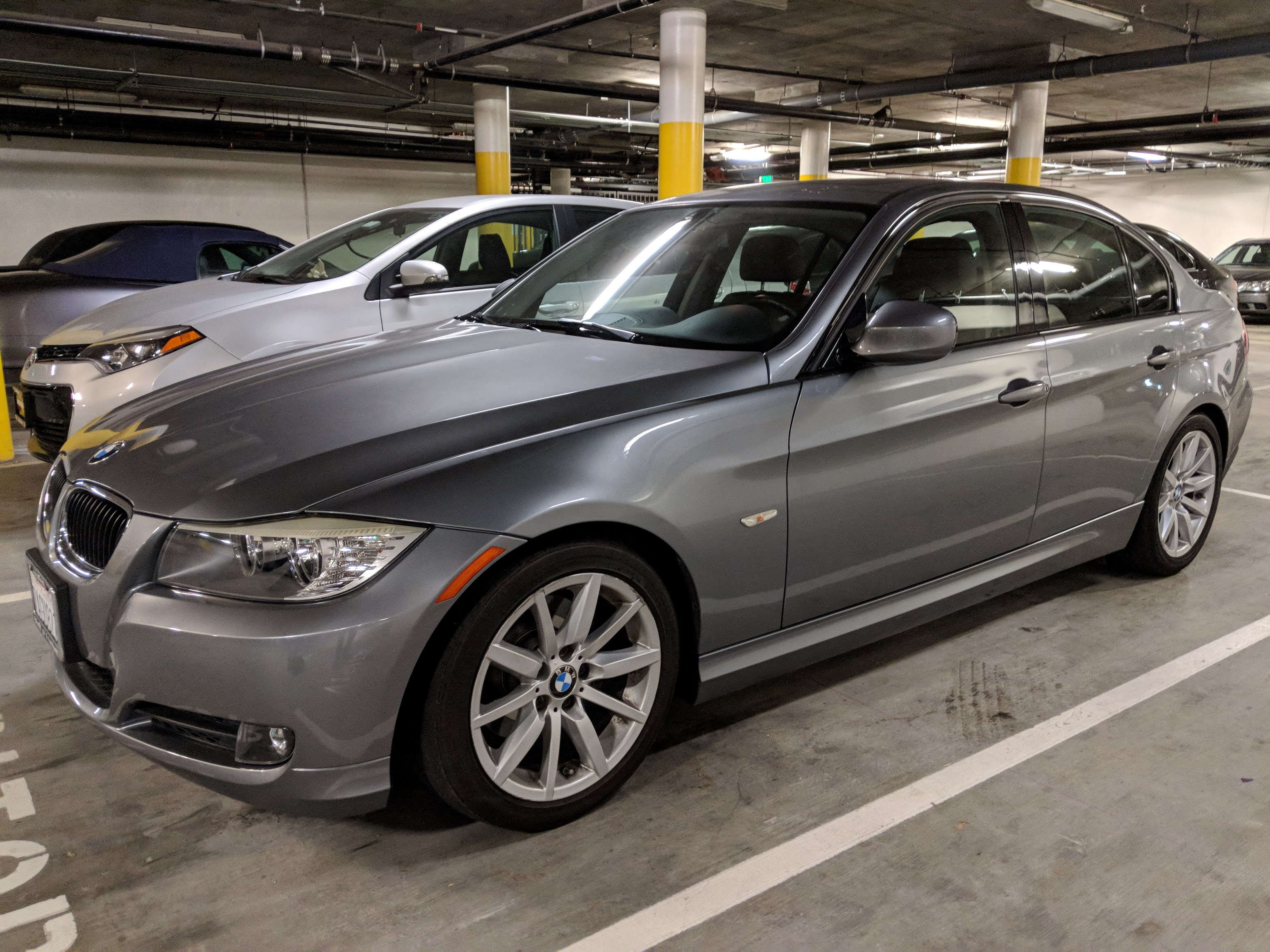 2010 BMW 328i Sedan Excellent Condition Fully Loaded Very Low