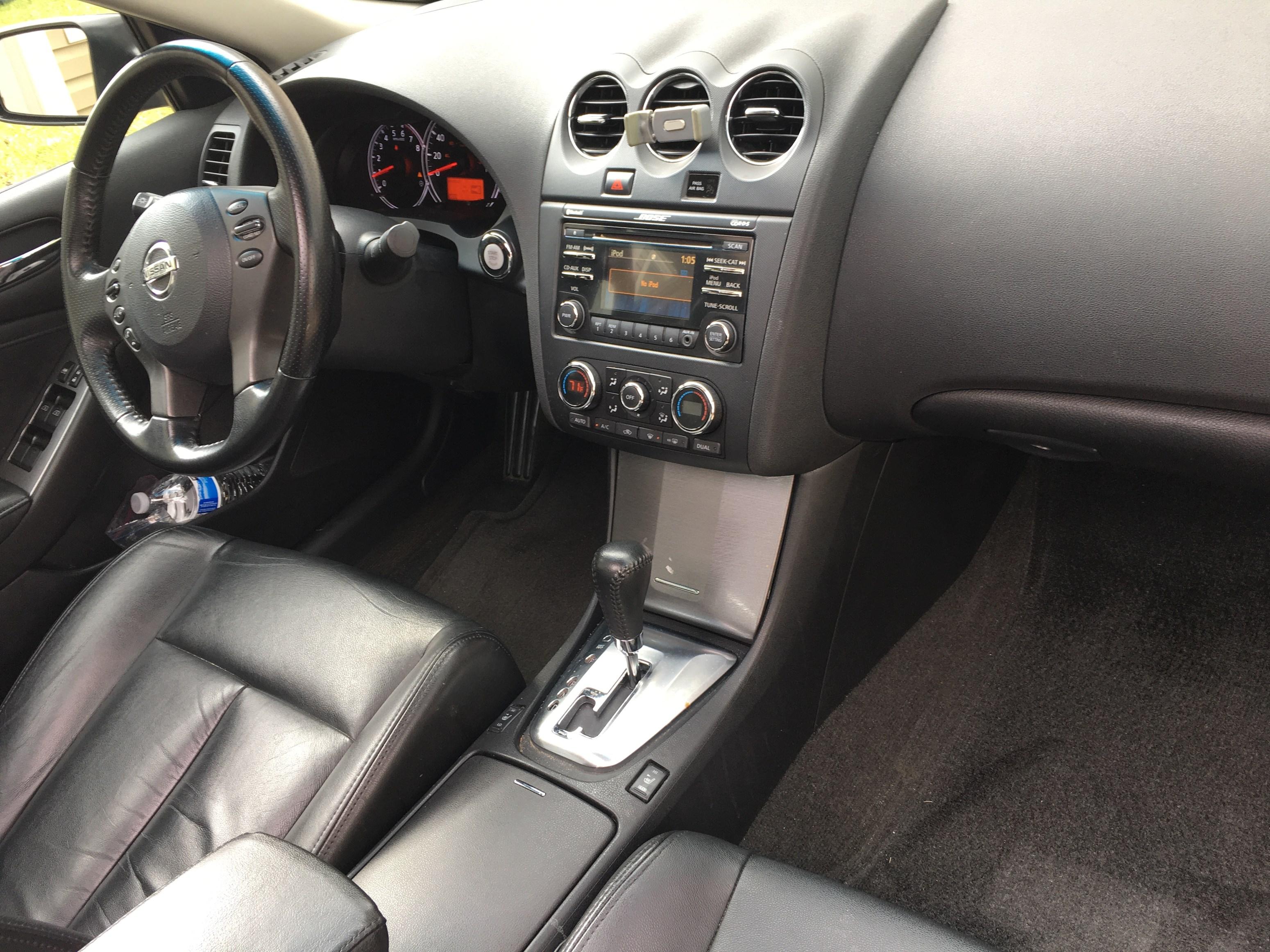 Nice 2012 Nissan Altima 2.5 SL