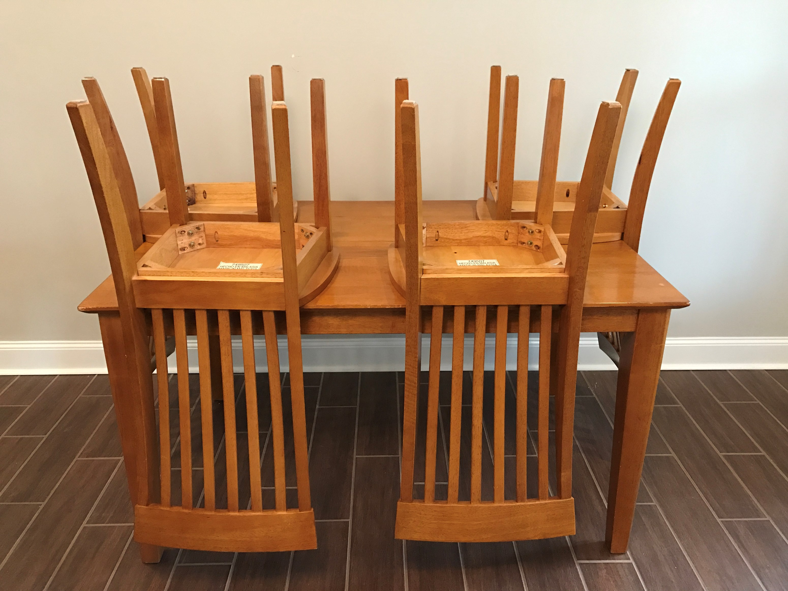 buy sell online used furniture and home decor atlanta metro area sell furniture and home decor dining table with 4 matching chairs